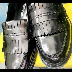 New in Box!Cathy Jean classic black tassel loafers